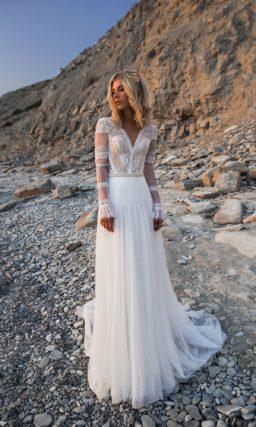 Платье бохо с кружевными рукавами