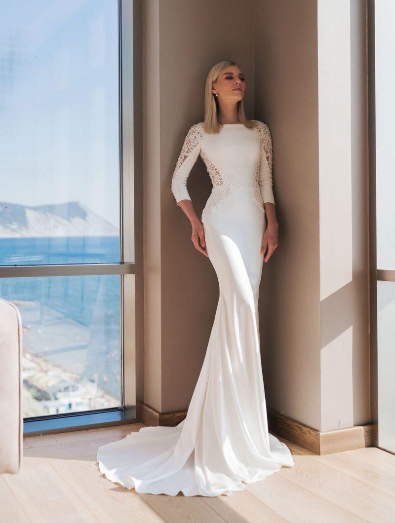 Свадебное платье с облегающим фигуру силуэтом «русалка»