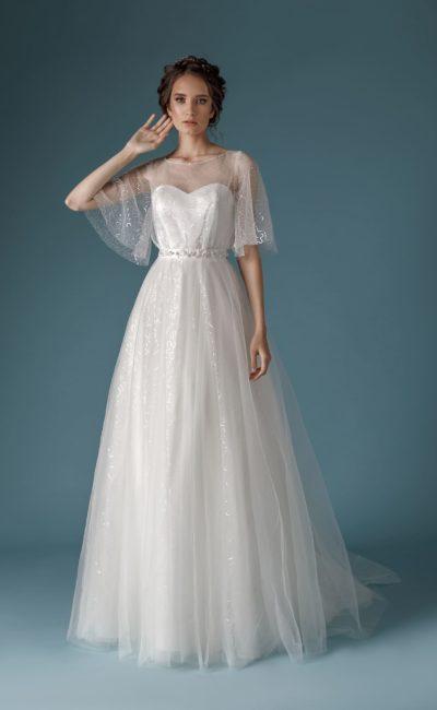Платье с широкикими прозрачными рукавами