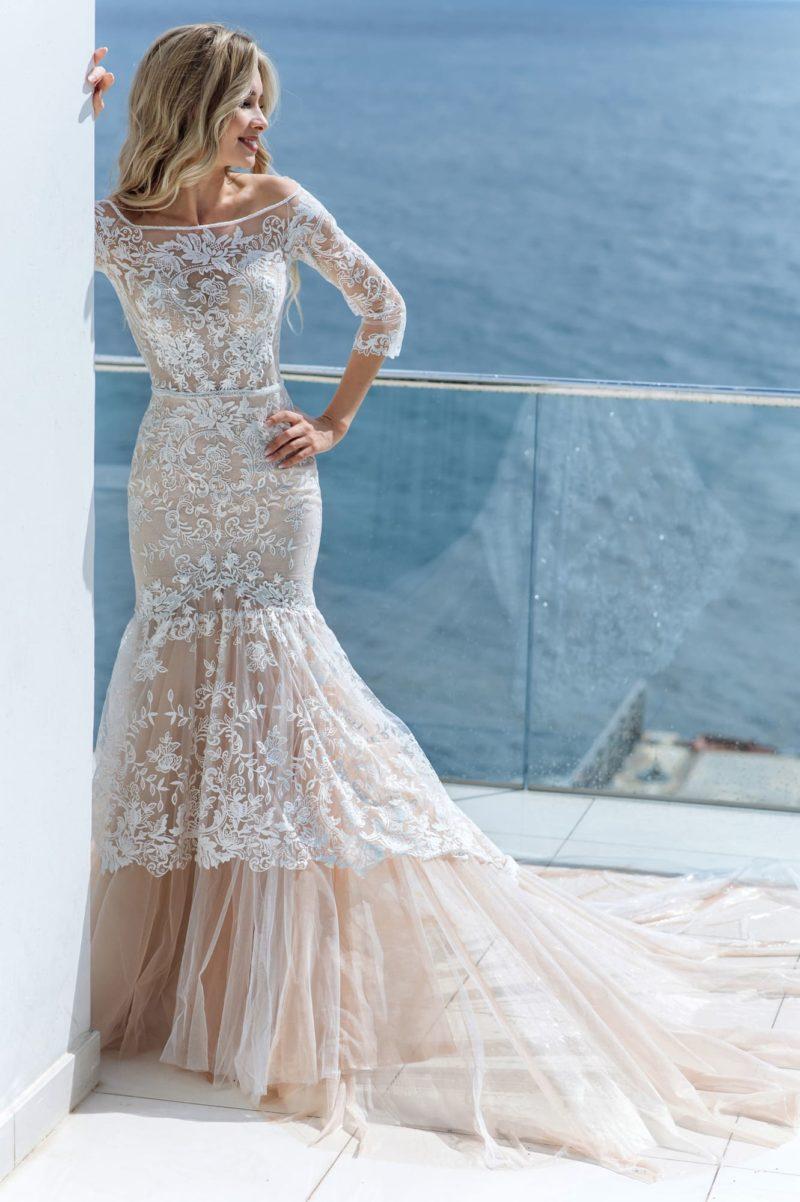 роскошное и женственное платье силуэта «русалка»