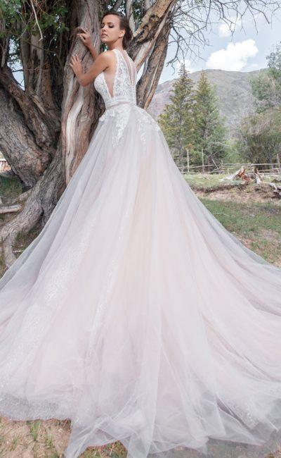 Нежное платье А-силуэта в стиле «прованс»