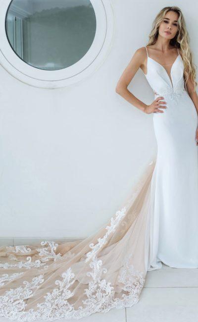 Лаконичное и соблазнительное платье силуэта «русалка»