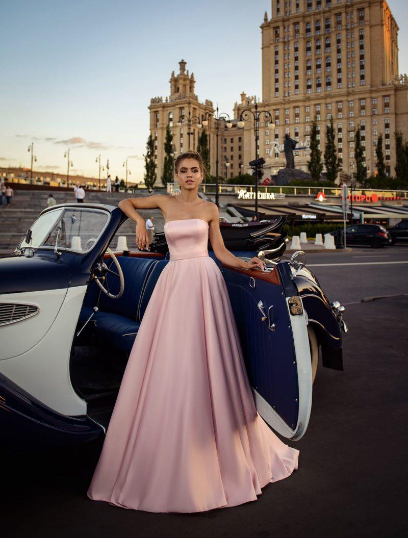 Королевское вечернее платье