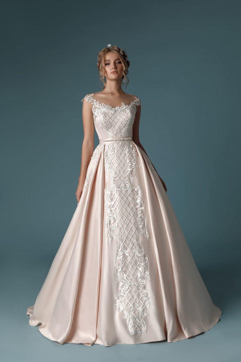 атласное платье А-силуэта в оттенке розовой пудры