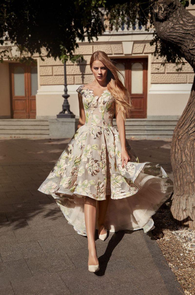 Вечернее платье фасона mullet
