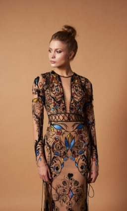 Оригинальное длинное вечернее платье