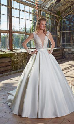свадебное платье с традиционной пышной юбкой
