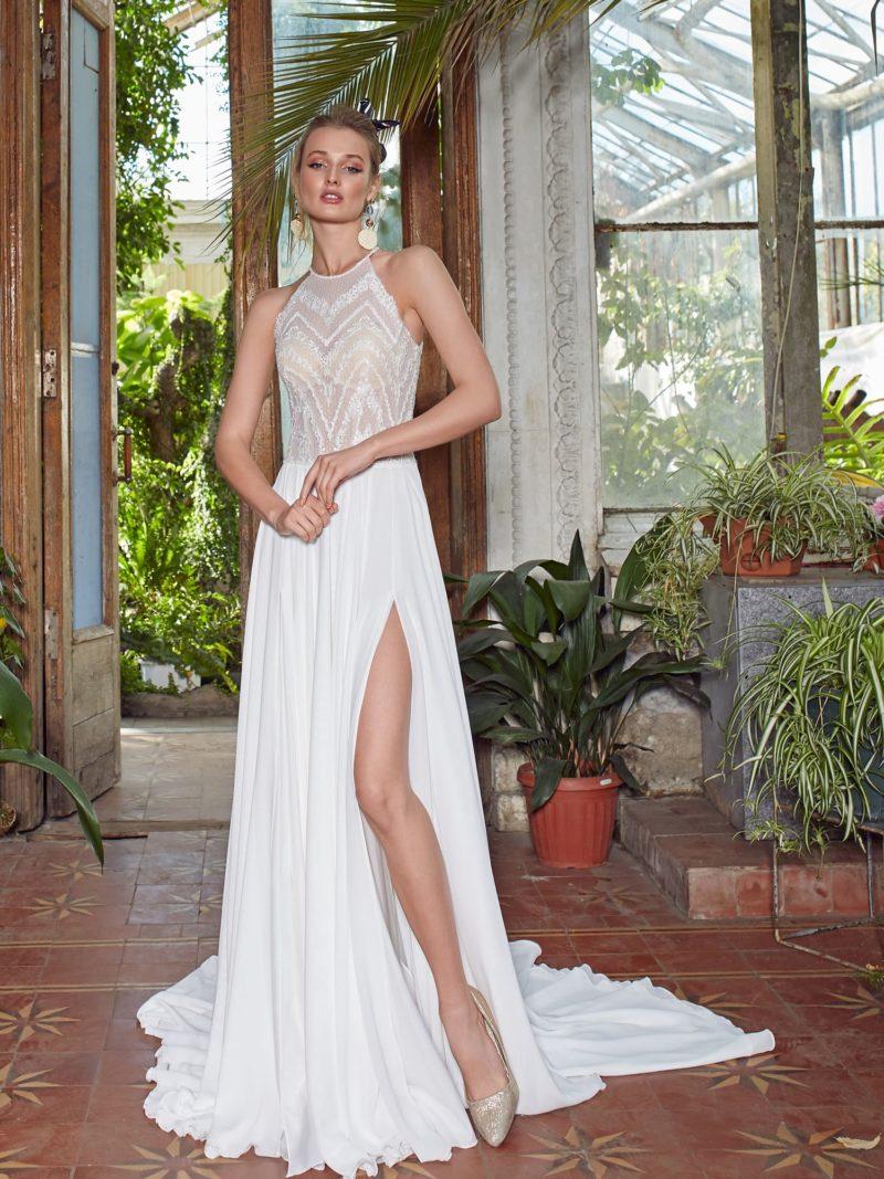 Платье: Актуальный лаконичный крой