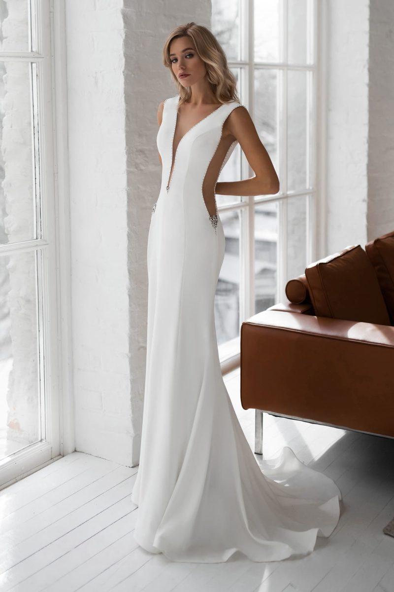 Лаконичное свадебное платье силуэта «русалка»