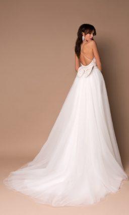 Пышное легкое платье