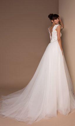 Пышное платье с фатой