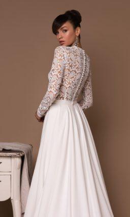 Прямое платье с кружевным верхом
