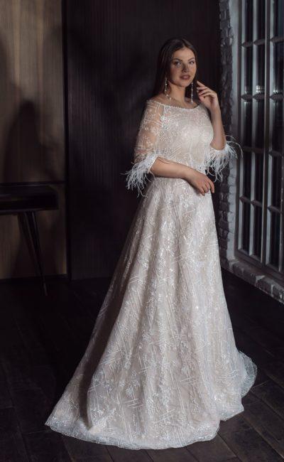 Оригинальное свадебное платье в оттенке айвори