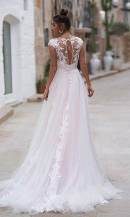 свадебное платье розового оттенка