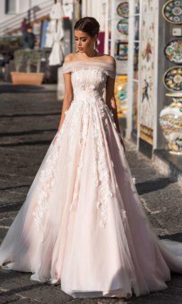 Свадебное платье пудрового оттенка