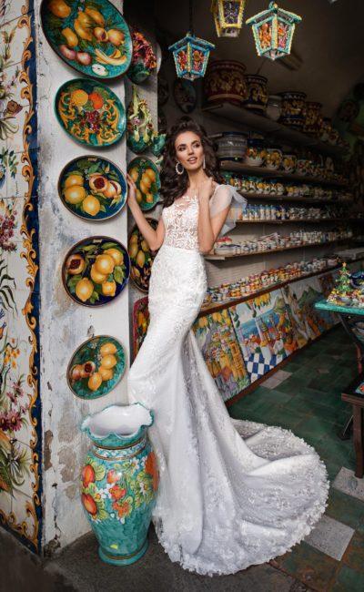 Изящное свадебное платье-русалка