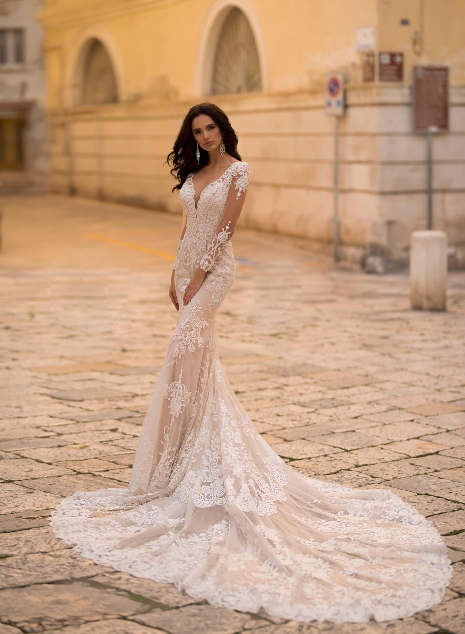 0983a425064d24 Свадебное платье Naviblue Bridal Nolla 20020 ▷ Свадебный Торговый ...