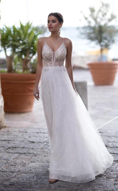 Стильное летнее свадебное платье