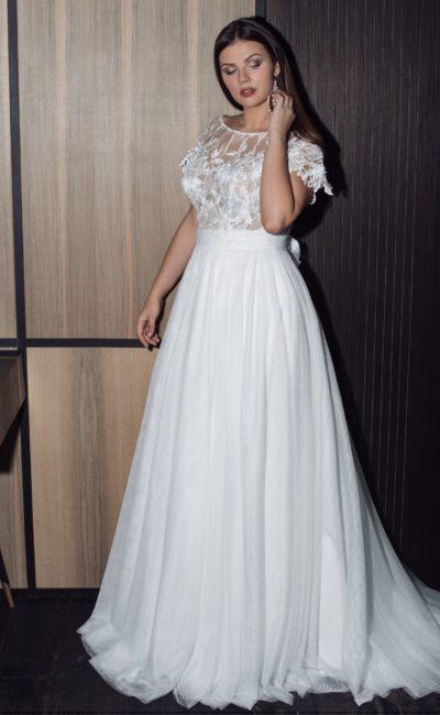 Платье с коротким рукавом большого размера