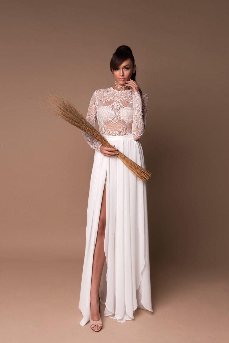 Стильное свадебное платье-трансформер прямого кроя