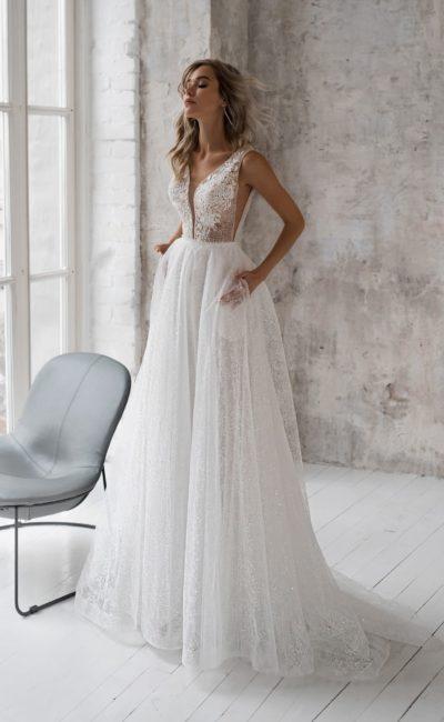 Летнее свадебное платье с кружевным лифом