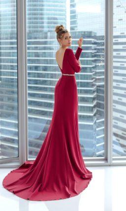 Бордовое платье рыбка