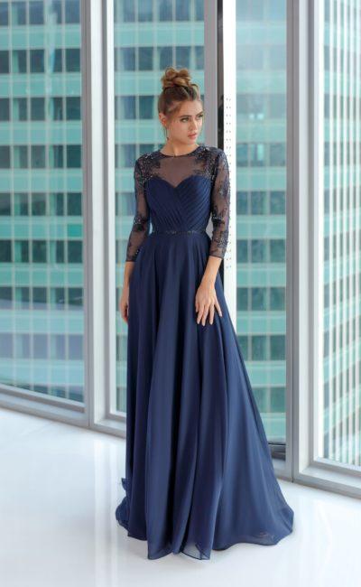 Длинное вечернее платье из синего шифона