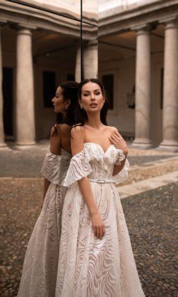 Ажурное свадебное платье цвета капучино