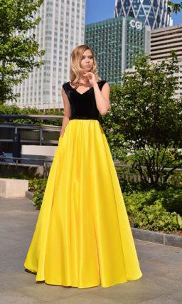 Черное платье с желтой юбкой