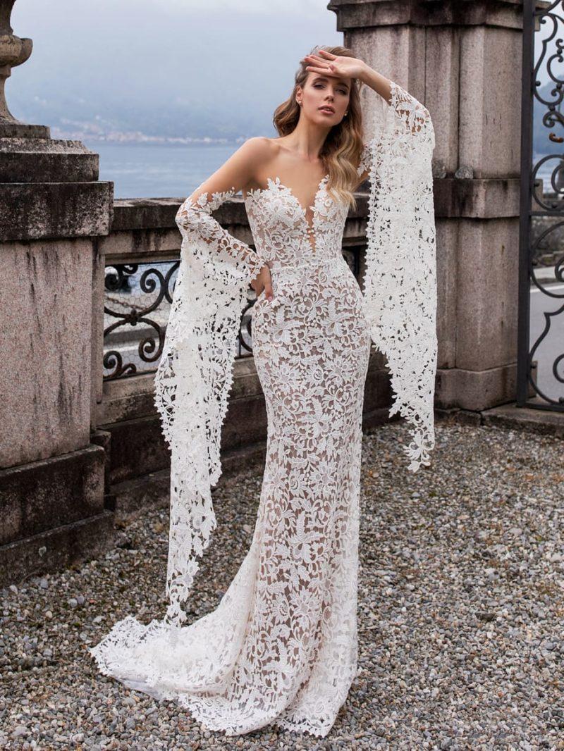 Ажурное облегающее платье силуэта «русалка»