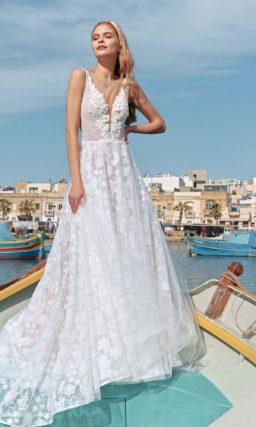 Летнее свадебное платье из белоснежного легкого фатина