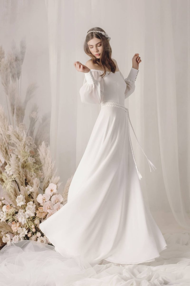 Свадебное платье в стиле бохо из крепа