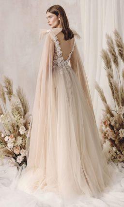 Свадебное платье изысканного оттенка муссон