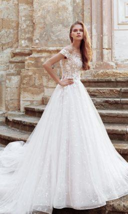 Пышное свадебное платье с пудровым верхом