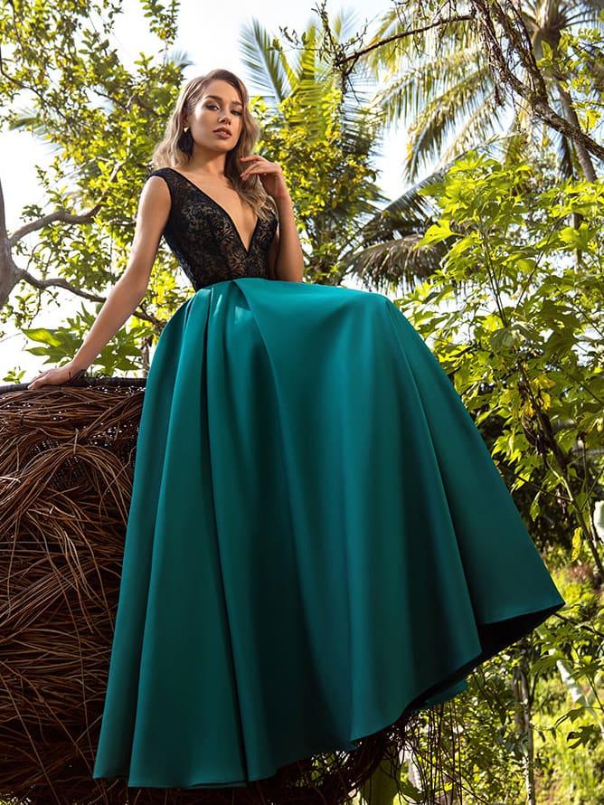 Вечернее платье в пол с ажурным верхом