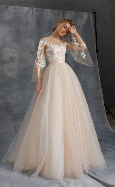 Пышное свадебное платье айвори