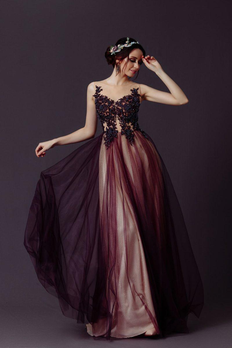 вечернее бордовое платье с длинной юбкой