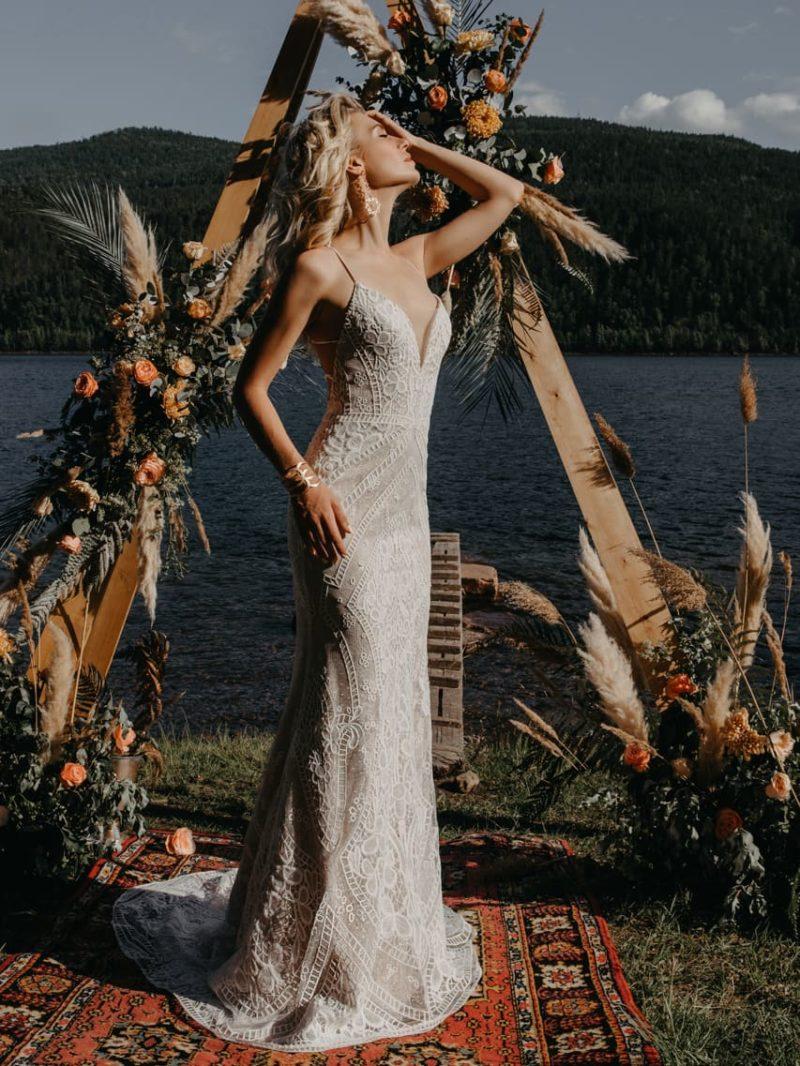 Летнее свадебное платье силуэта русалка из кружева