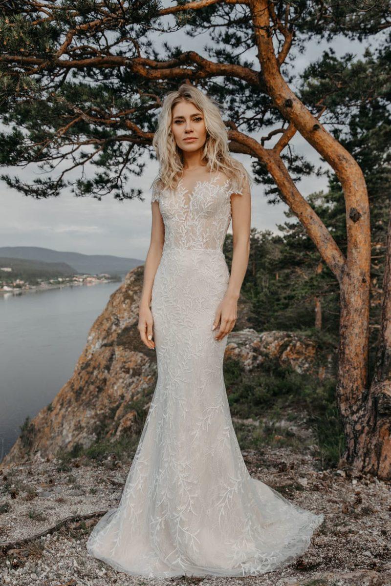 Свадебное платье русалка в оттенке слоновой кости
