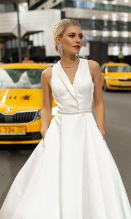 свадебное платье из крепа молочного оттенка