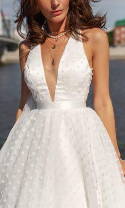 Пышное свадебное платье из фатина
