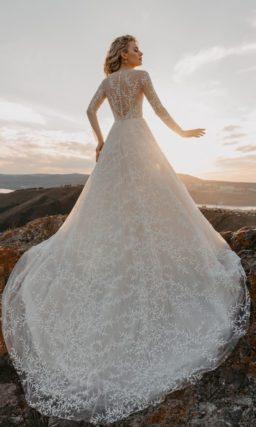платье классического силуэта