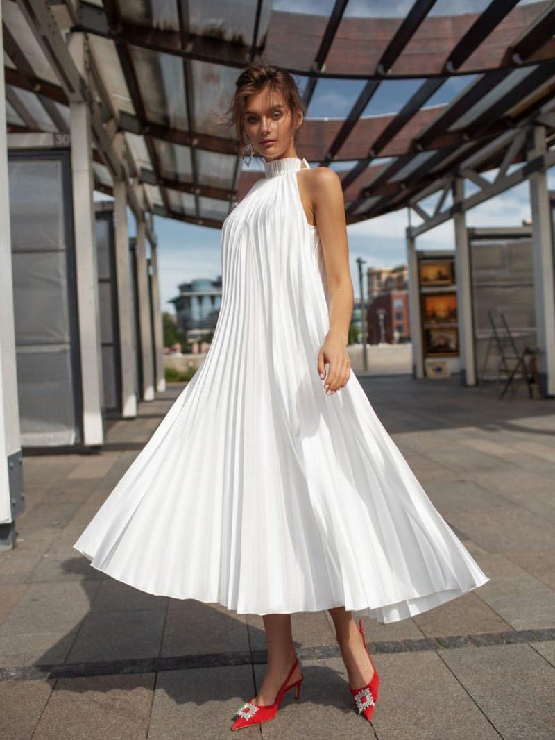 Свадебное платье длины миди в форме трапеции