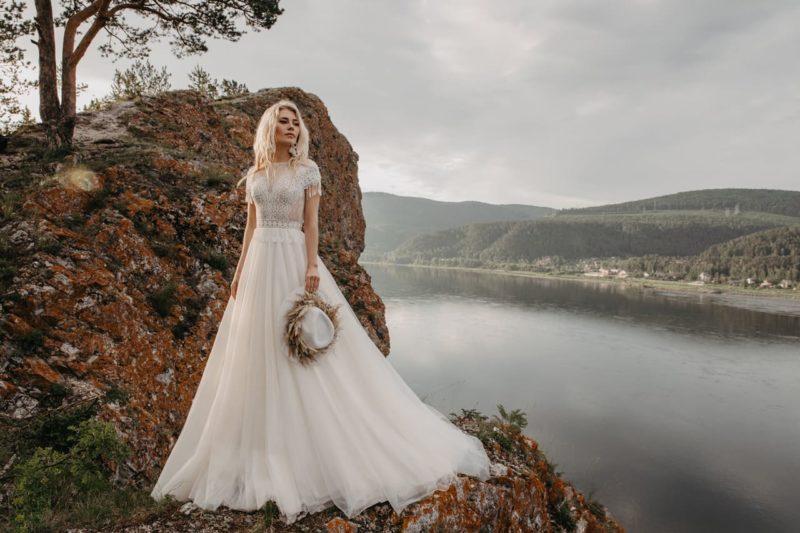 Пышное свадебное платье в стиле бохо