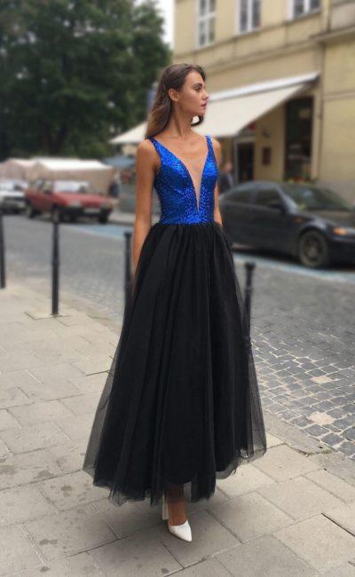 Блестящее платье коктейльное