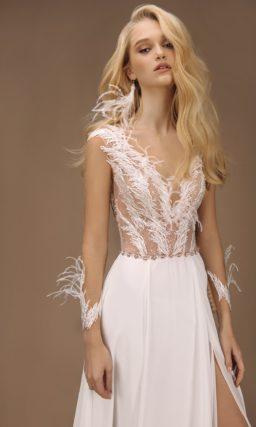 Стильное свадебное платье прямого кроя