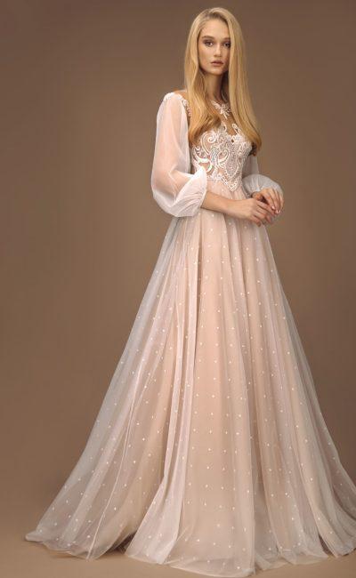 свадебное платье с пышной юбкой и длинными рукавами