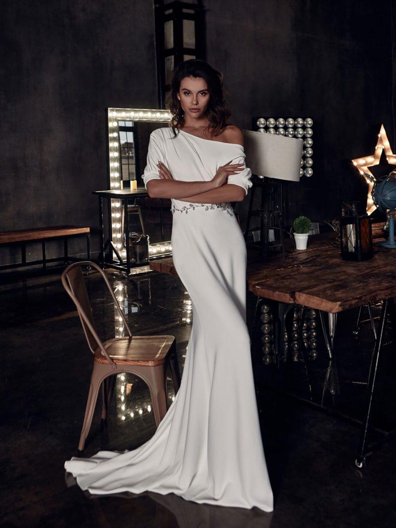 Свадебное платье русалка в стиле минимализм