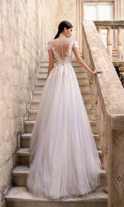 свадебное платье с женственным силуэтом