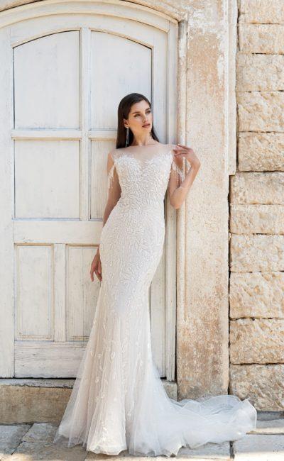 Кружевное платье фасона русалка